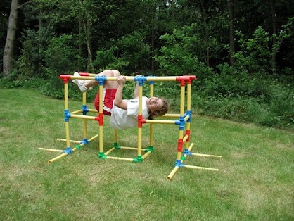 Omagles - The Jungle Gym Experience!
